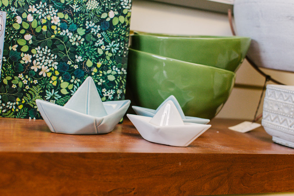 small ceramic gift sail boats