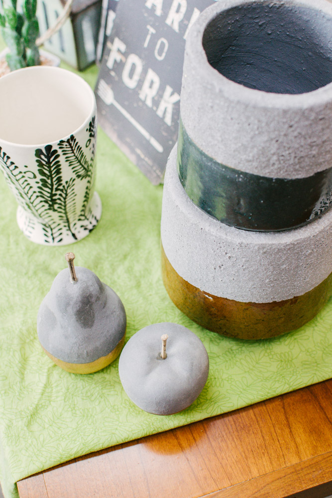 pear apple and pottery